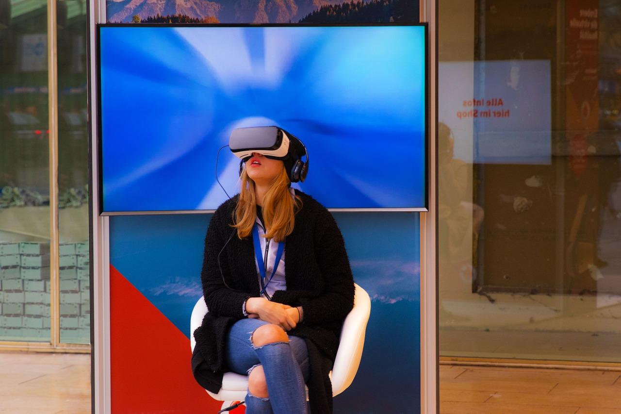 3 неожиданные вещи, которые можно увидеть через VR очки
